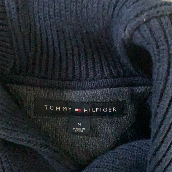Tommy Hilfiger Other - Tommy cow neck